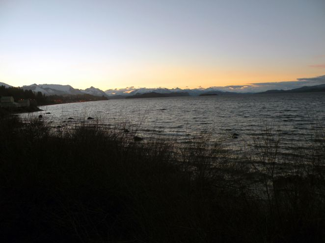 Por do sol no Lago Nahuel Huapi