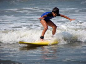 Matheus surfando