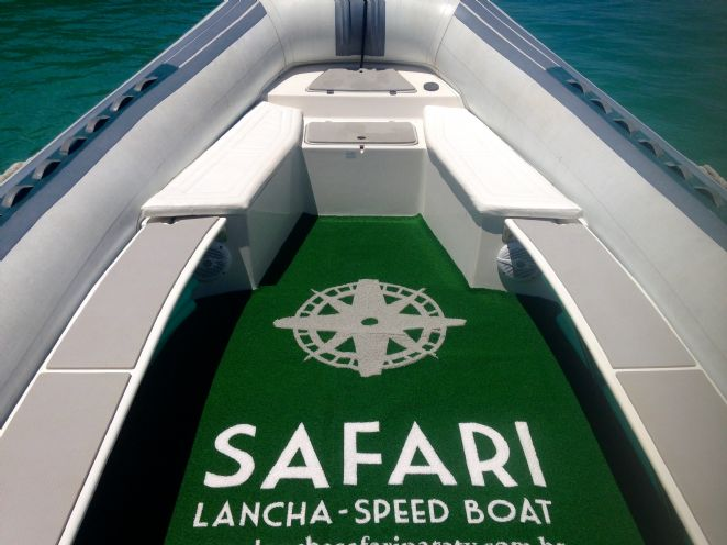 Safari Speed Boat